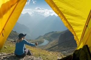 Leichtzelt, Blick aus dem Zelt in die Berge