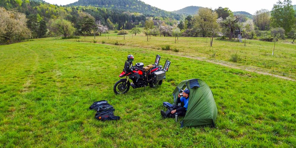 Motorrad Zelt - Tour flexibel genießen